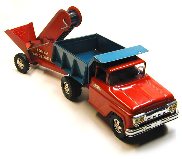 Selling Tonka Toys? 1961 Dump Truck and Sand Loader #116